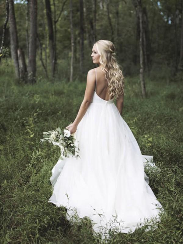 White V-neck Organza Court Train Wedding Dresses