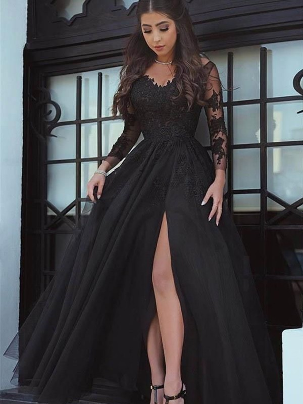 Ball Gown Black Floor-Length Lace Applique Prom Dresses