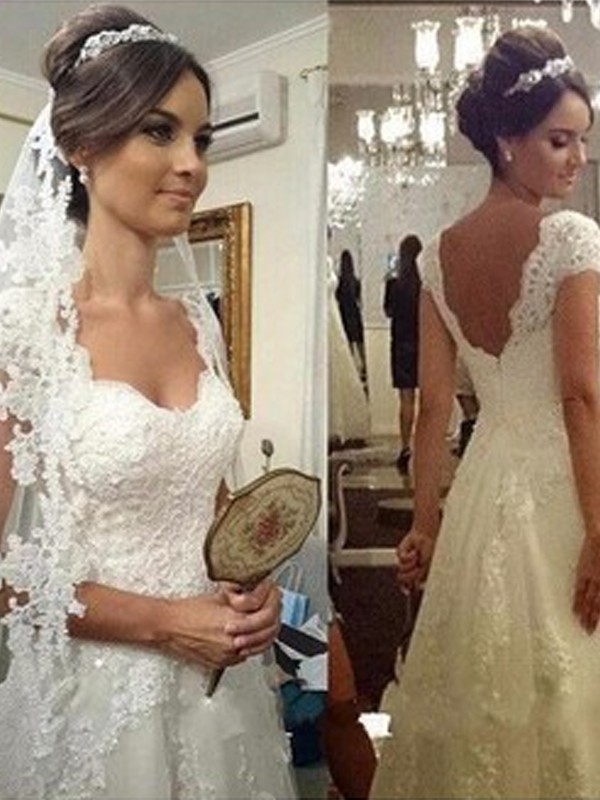 A-Line Sweetheart Floor-Length White Wedding Dresses with Lace