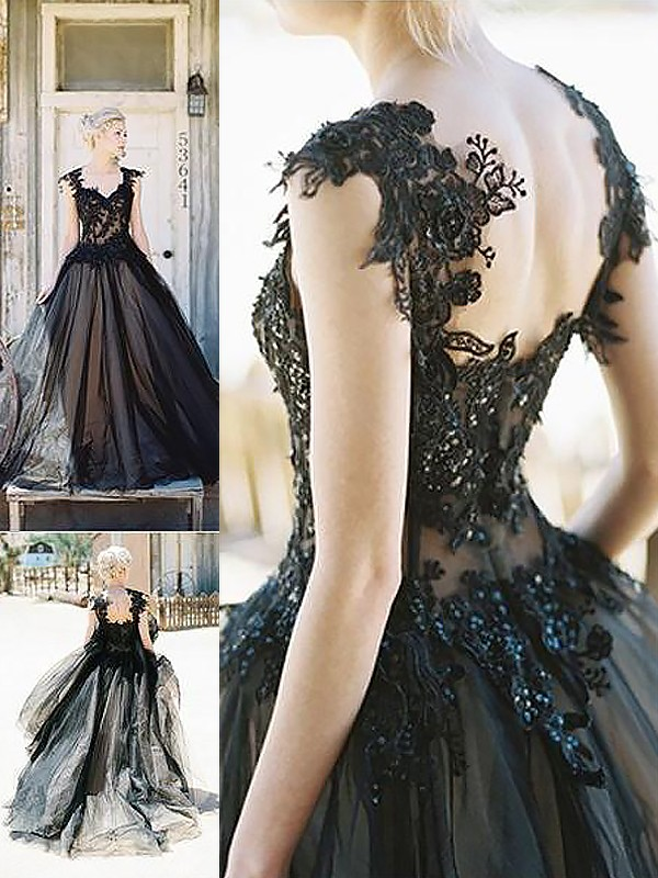 Ball Gown Sweetheart Brush Train Black Prom Dresses
