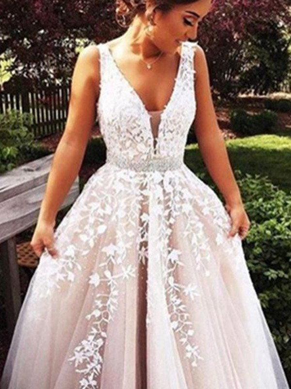 A-Line Tulle V-neck Brush Train Ivory Prom Dresses