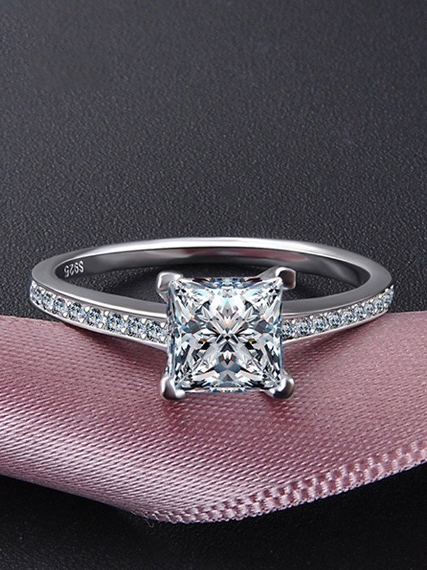 Pretty S925 Silver With Zircon Wedding Rings